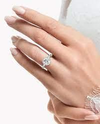 グラフ 婚約 指輪