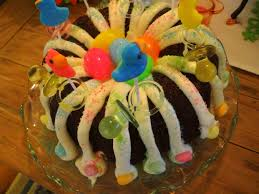 Halloween Bundt Cake Decorations Weekday Chef Easter Bundt Cake And Cupcakes