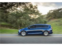 2018 chrysler pacifica sport. fine sport 2017 chrysler pacifica hybrid pictures 1   us news u0026 world report with 2018 chrysler pacifica sport
