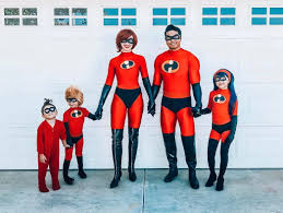 Incredibles Outfit Designer Creative Dad Hand Makes Incredible Disney Inspired Costumes