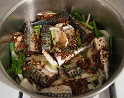 Spicy Soy-Sauce-Braised Mackerel Recipe ...