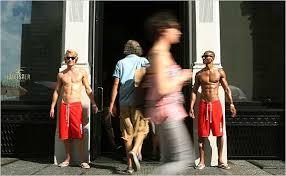 Hollister Bathing Suit Size Chart Hollister Store In Soho Evokes A Long Lusty Walk On A Short