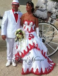 Robe De Mariee Noir Ou Rouge Et Blanche Sunny Mariage