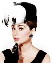 Audrey Hepburn Breakfast At Tiffany''s ...