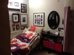 Warm And Homey Ways To Decorate A Nursing Home Room! #nursinghomeroom # Decorating