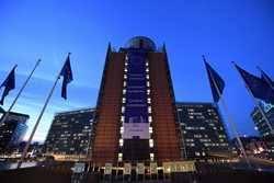 Image result for comisia europeană poze