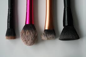 every time you use a makeup brush you spread dirt and bacteria back and forth from your face to your makeup in doing this your brush aculates dirt