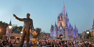 As a disney employee, you are responsible for helping guests and creating lasting memories. Disney To Furlough Workers Starting From April 19 Will Pay Benefits