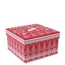 scandi um gift box