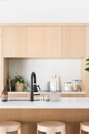 Eles podem ser instalados próximo a pia do banheiro, na área de banho e em outros cômodos da casa, como a cozinha, sala e quartos. Cozinha Americana 100 Fotos Modelos E Projetos Perfeitos