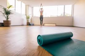 how to clean yoga mats pick the right one for you it s your personal