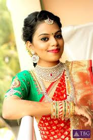 bridal makeup matching bridal outfit and accessories