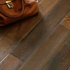 Bq Kitchen Flooring Laminate And Wood Flooring Buying Guide Help Ideas Diy At Bq