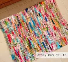 Susan's Quilt Creations: FUN STUFF: quilted boxes, crochet rugs ... & Crocheted Rag Rug Tutorial Adamdwight.com