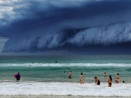Tsunami warning system said a tsunami watch was in effect for american samoa and that there was potential for tsunamis in other regions including vanuatu, fiji and new zealand. Breathtaking Cloud Tsunami Rolls Over Sydney Bored Panda