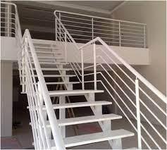 Nossas escadas são duráveis, criativas e personalizadas Guarda Corpo De Ferro Para Escada Alfa Corte E Dobra