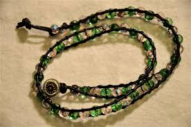 picture of weave bead jewelry