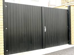 recycled plastic double gates closed