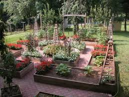 Small Picture Who has the traditional 4 bedcentral feature potager
