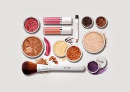 detox your beauty bag from the most harmful chemicals in makeup eluxe magazine