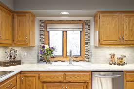 kitchen backsplash with oak cabinets unique kitchen backsplash ideas for oak cabinets best white subway tile images