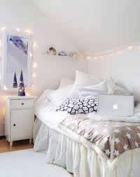 white christmas lights in bedroom. Contemporary Lights Ideas To Hang Christmas Lights In A Bedroom Throughout White Christmas Lights In Bedroom