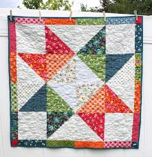 Easy DIY modern Star Baby quilt tutorial & easy star baby quilt tutorial Adamdwight.com