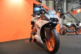 2018 ktm bikes. plain ktm yes the rc250 could make its india debut at auto expo 2018 this bike  is to 250 duke what rc200 200 and rc390  with 2018 ktm bikes