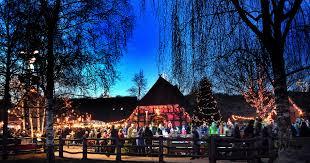 950x500 Uebersicht Eisbahn Daemmerung Beleuchtung Winter Zoo Erlebnis
