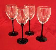 4 luminarc france wine glasses with black stems 7 1 4 tall euc