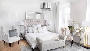 Luxury Pearl White Bedroom Looks