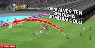Dani Alves'ten müthiş frikik golü - İZLE
