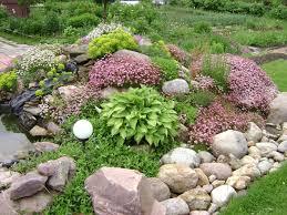 Клумбы своими руками – различные дизайнерские варианты и советы по выбору растений