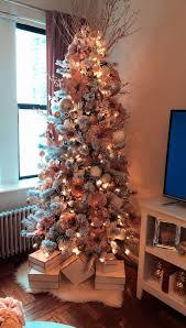 Gold Christmas Lights Lowes Christmas Tree Skirt Crate And Barrel Behind Christmas Tree