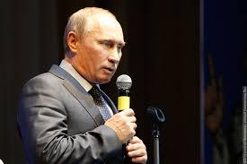 Путин рассказал как ему помогает дипломная работа о  Владимир Путин Фото Алексей Милованов Новый Калининград