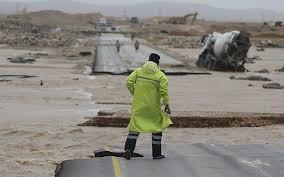 Powerful Cyclone Deluges Oman Yemen 6 Dead 30 Missing