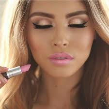 pretty fresh looking makeup for summer time i love a light pink lip way more than how to make yourself look naturally