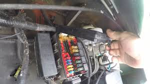 1997 f53 chassis fuse box locations youtube  at 1993 Teton Homes 5th Wheel Fuse Box