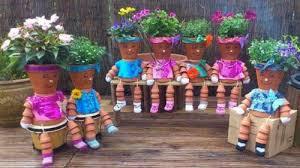 Idee Per Abbellire Il Giardino : Idee per decorare vasi e arredare il giardino di casa bcasa