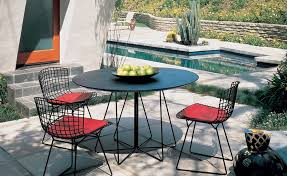 round cafe table outdoor 1