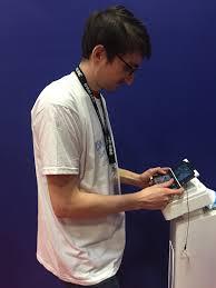картинки человек Париж Молодой Синий Профессия Игрок  человек человек Париж Молодой Синий Профессия Игрок Устройство Пение Игры контрольная работа неделю смысл