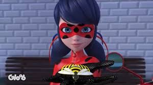 who is the new queen bee in miraculous