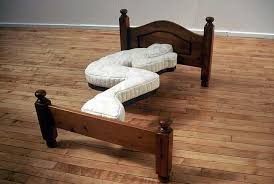 A perfectly designed bed for those who sleep alone.