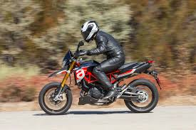 a short review of the 2018 aprilia dorsoduro 900 asphalt rubber