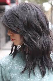 17 trendy long hairstyles for women in