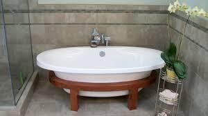 stand alone bathtubs small bathtub ideas