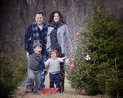 Christmas Tree Farm Family Photography By VeroLuce Photography Christmas Tree Farm Family Photos