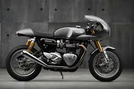 triumph thruxton r goes full caf racer visordown