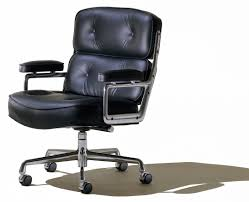 Eames executive chair Herman Miller Office Designs Hermanmiller Eames Executive Chair The Century House Madison Wi