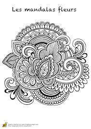 Coloriage Les Mandalas Fleurs Sur Hugo 06 Sur Hugolescargot Com